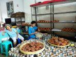 suasana-rumah-sianywati-70-salah-satu-produsen-kue-keranjang-di-kota-yogyakarta.jpg