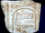 tablet-kuno-dari-zaman-mesir-kuno.jpg