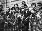 tahanan-nazi-di-auschwitz_20180210_041419.jpg
