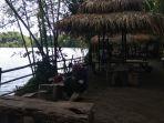 taman-glugut-tempat-wisata-ramah-keluarga-di-pinggiran-sungai-opak_20181106_172251.jpg