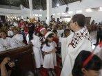 tari-tradisional-dan-gamelan-warnai-perayaan-natal-di-gereja-hati-kudus-tuhan-yesus-pugeran.jpg