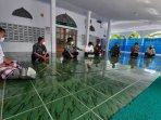 tim-gugus-tugas-covid-19-kulon-progo-berikan-edukasi-pelaksanaan-iduladha-di-3-masjid.jpg