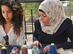 two-neighbors-bisnis-kolaborasi-wanita-palestina-dan-israel_20180524_184337.jpg