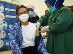 ugm-rencanakan-gelar-vaksinasi-massal-3-tahap-target-selesai-sebelum-puasa.jpg