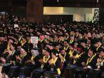 universitas-gadjah-mada-ugm-kembali-mewisuda-dan-meluluskan-sebanyak-1888-lulusan.jpg