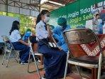 vaksinasi-goes-to-school-bergulir-di-kota-yogya-targetkan-1000-pelajar-terinjeksi-dalam-sehari.jpg