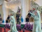 viral-medsos-di-depan-tamu-undangan-pengantin-wanita-ini-patahkan-tiga-besi-batangan.jpg