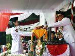 wali-kota-yogyakarta-haryadi-suyuti-saat-menyerahkan-bendera-merah-putih-kepada-paskibra.jpg