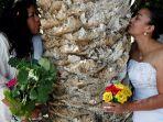 wanita-menikahi-pohon_utama_20180228_122552.jpg