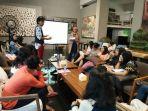 workshop-perempuan-menulis_20180322_195632.jpg