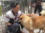 xiongxiong-bersama-pemiliknya-chen_20180504_215356.jpg