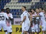 zlatan-ibrahimovic-merayakan-gol-keduadi-serie-a-italia-cagliari-vs-ac-milan-18-januari-2021.jpg