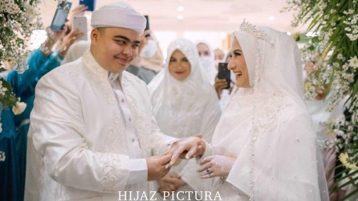 Momen pernikahan Ameer Azzikra dan Nadzia Shafa