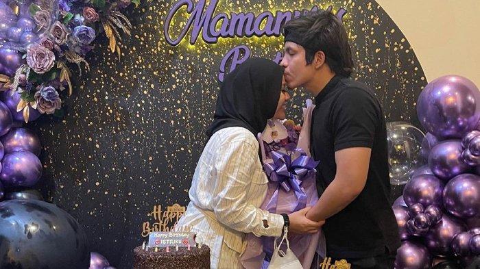 Atta Halilintar memberikan surprise saat ulang tahun Aurel Hermansyah, Sabtu (10/7/2021). (Instagram / @aurelie.hermansyah)