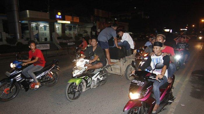 Gunakan Sound System Saat Bangunkan Orang Sahur di Jalan,Siap-siap Ditilang Polisi