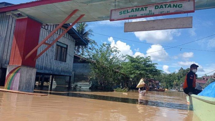 Diterjang Bencana Banjir, Bupati Malinau Wempi W Mawa Sebut ini Terbesar Dalam 20 Tahun Terakhir