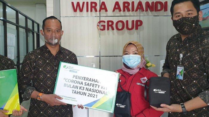 Peringati Bulan K3 BPJamsostek Tarakan Berikan Bantuan Corona Safety Kit