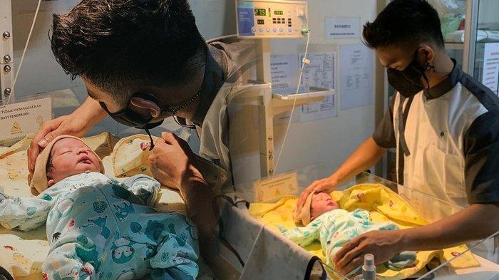Nadya Mustika melahirkan anak pertama, Rizki DA resmi jadi ayah, Selasa 13 April 2021. (Kolase TribunKaltara.com / Instagram / @da2_ridho)