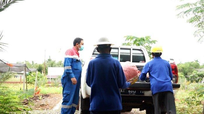 Manfaatkan Limbah Serbuk Gergaji Kayu, Pertamina Bunyu Field Gandeng Pokmas Bank Sampah Manise