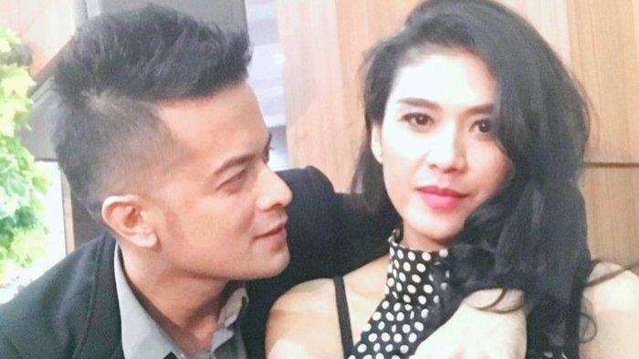 17 Tahun Menikah, Istri Choky Andriano Lepas Cincin Kawin: Bukan Waktu Sebentar untuk Terbiasa