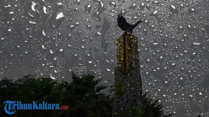 Termasuk Kaltara, 11 Wilayah di Indonesia Berpotensi Alami Hujan Petir Senin 13 September 2021