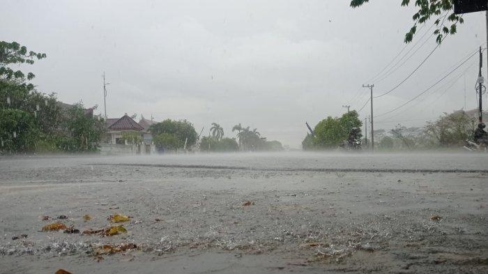 Prakiraan Cuaca di Malinau Rabu 13 Oktober 2021, Waspada Potensi Hujan Petir Pada Malam Hari