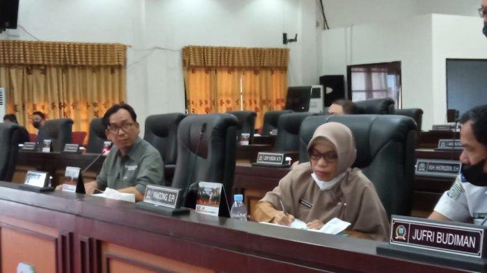 Kabid Perhubungan Laut, Datu Iman Suramanggala saat RDP di DPRD Kaltara terkait kecelakaan Speedboat Ryan