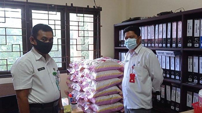 Sudah 18 Hari Sembakung Direndam Banjir Kiriman dari Malaysia, Pemkab Nunukan Bantu 2 Ton Beras