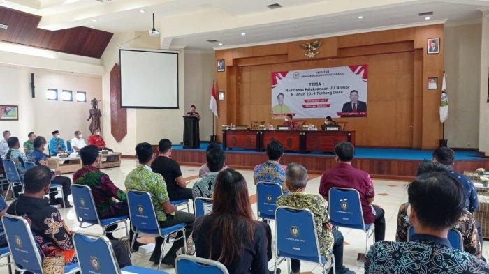 Bertemu Kades di Malinau, Senator Asal Kaltara Fernando Sinaga Puji Program yang Digagas Yansen