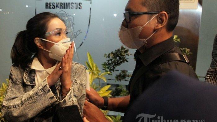 Tersangka Kasus Video Syur, Gisel Absen Lagi Wajib Lapor di Polda Metro Jaya, Kemana Pacar Wijin?