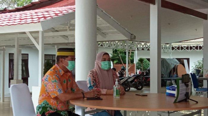 Gubernur Kaltara Zainal Paliwang dan Istri Rachmawati saat ditemui di Rumah Jabatan Gubernur Kaltara Jalan Enggang, Tanjung Selor, Minggu (11/7/2021).