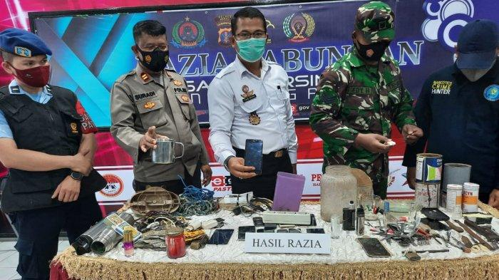 Razia Kamar Warga Binaan, Rutan Tanjung Redeb Berau Temukan Sajam, Barang Razia Dimusnahkan