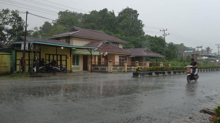Prakiraan Cuaca Kaltara Sabtu 11 September 2021, Hujan Petir Potensi Terjadi di Malinau Malam Ini