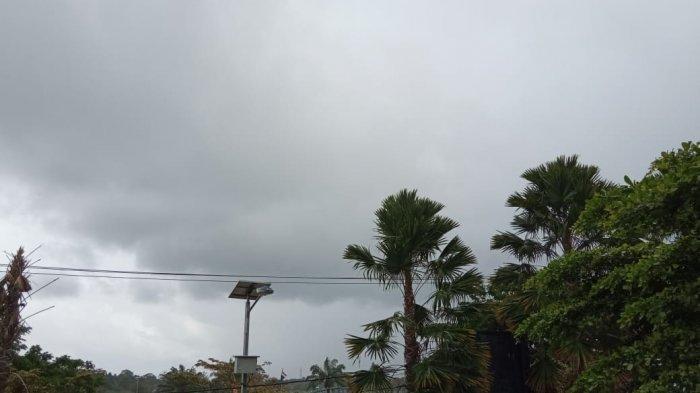 Prakiraan Cuaca BMKG, Hujan Intensitas Sedang Berpotensi Terjadi di Bulungan pada Sore Hari Ini
