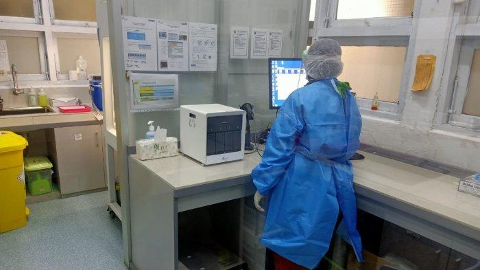 Ilustrasi laboratorium PCR di salah satu rumah sakit rujukan