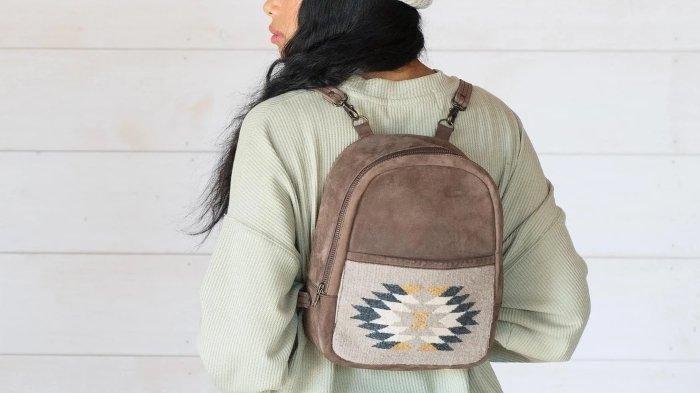 10 Jenis Tas Wanita Beserta Fungsinya, Mulai dari Mini Backpack, Sling Bag hingga Bucket Bag