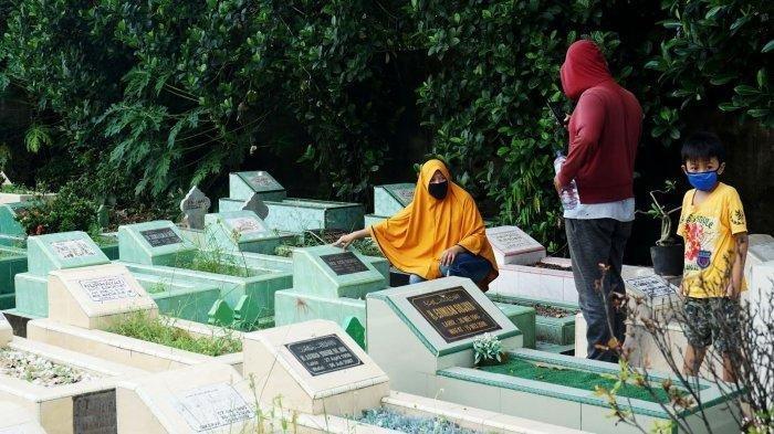 Ziarah Kubur Jelang Puasa Ramadan, Ini Bacaan Doa-doa dan Artinya