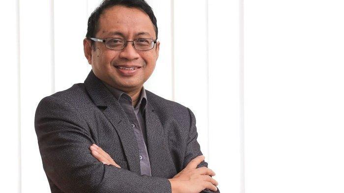 Dr, Isradi Zaenal, Rektor Universitas Balikpapan
