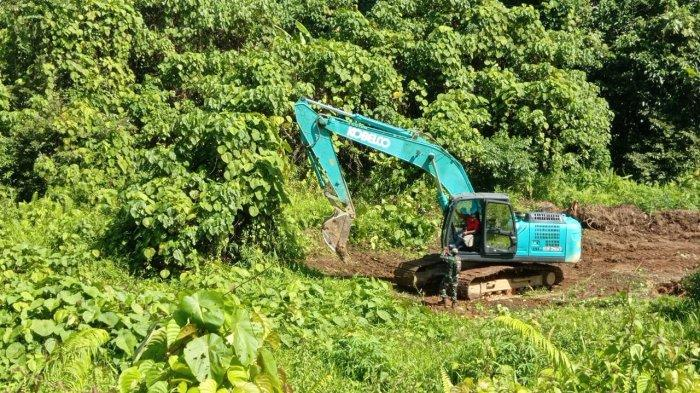 Jalan penghubung perbatasan Desa Kuala Lapang dan Tanjung Lapang, Kecamatan Malinau Barat, Kabupaten Malinau, Provinsi Kalimantan Utara, beberapa hari lalu.