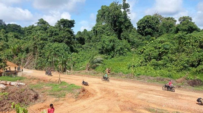 Jalan Penghubung Desa Kuala Lapang di Malinau Rampung, Warga Minta Peningkatan Jalan Disegerakan