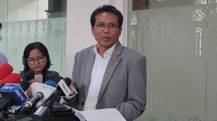 Didera Isu Inginkan 3 Periode, Fadjroel Jubir Presiden Jokowi Tegas Sampaikan Joko Widodo tak Minat