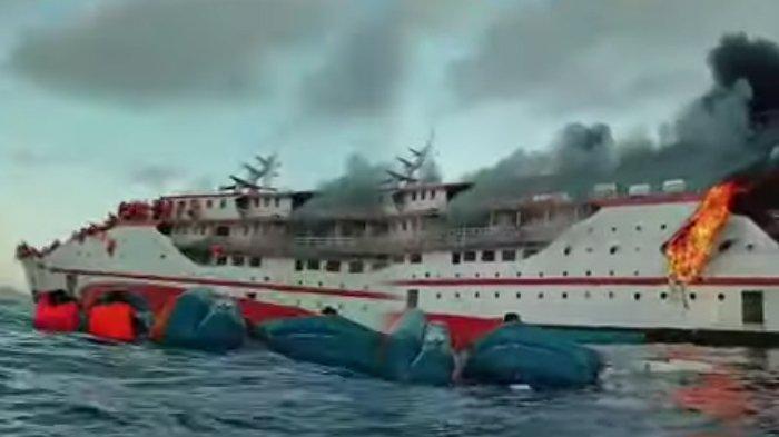 UPDATE Kapal Terbakar KM Karya Indah, hingga Kondisi 181 Penumpang yang Sempat Terjun ke Laut