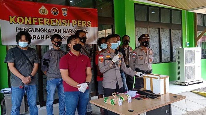 Lempar Petugas dengan Parang, 2 Warga Malaysia Ditangkap di Sebatik, Amankan 9 BB Termasuk Sabu-sabu