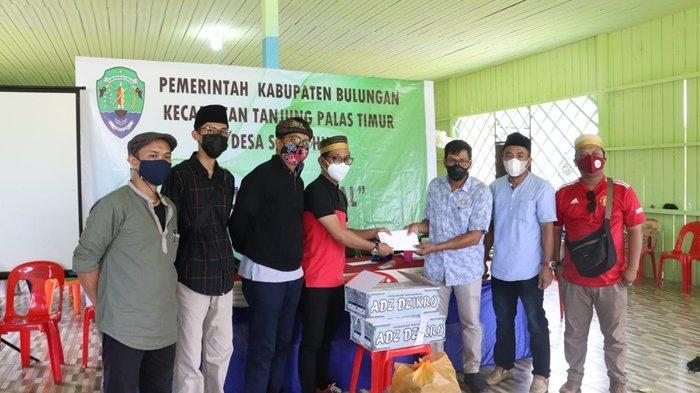 Keluarga Besar Pemuda Sulawesi Selatan ( KBPSS ) Kalimantan Utara ( Kaltara ) kembali melaksanakan kegiatan sosial dengan membantu sunatan massal di Sajau Hilir, Kamis (14/10/2021).