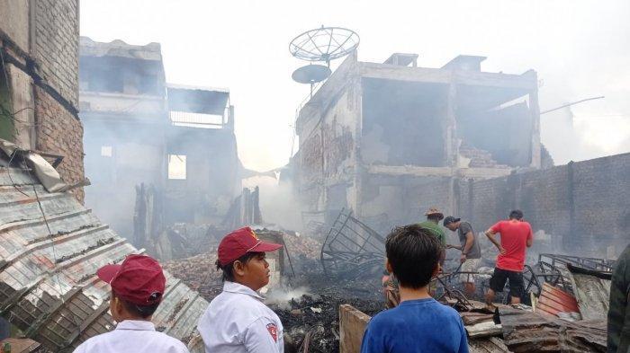 Kebakaran di Nunukan Kaltara, 17 Rumah Ludes Terbakar, Damkar Kerahkan 10 Armada untuk Padamkan Api