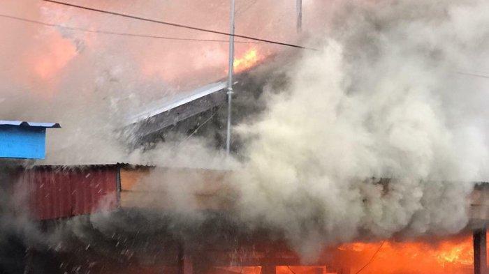 Hari Pertama Lebaran, Kebakaran di Pemukiman Padat Penduduk Samarinda, Diduga dari Kompor