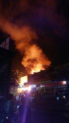 Api yang melahap 2 bangunan di KS Tubun, Gang Jabal Nur 2, RT 09, Kelurahan Sidodadi, Kecamatan Samarinda Ulu berhasil dipadamkan pukul 00.30 WITA, Kamis (30/9/2021)