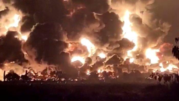 Detik-detik Kebakaran Kilang Minyak Balongan, Ada Ledakan Besar Dua Kali, Warga Langsung Panik