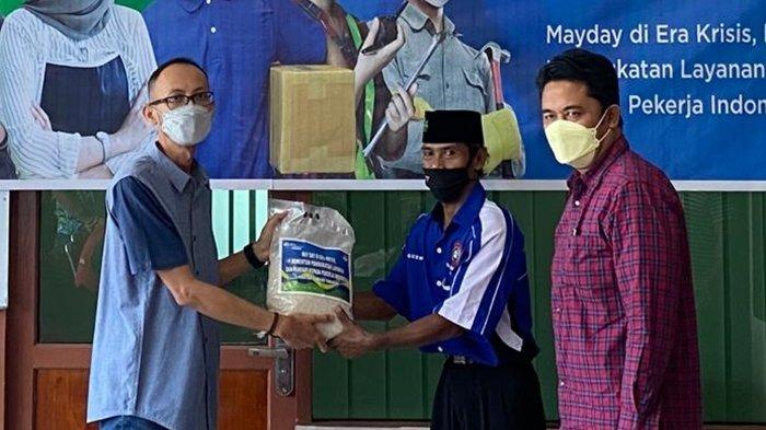 Momen Peringati May Day 2021, BPJAMSOSTEK Tarakan Salurkan Paket Sembako Serentak Se-Nasional