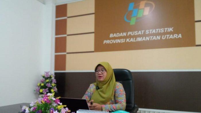 Kepala BPS Kaltara, Tina Wahyufitri saat menyampaikan rilis tingkat kemiskinan Kaltara, Kamis (15/7/2021)